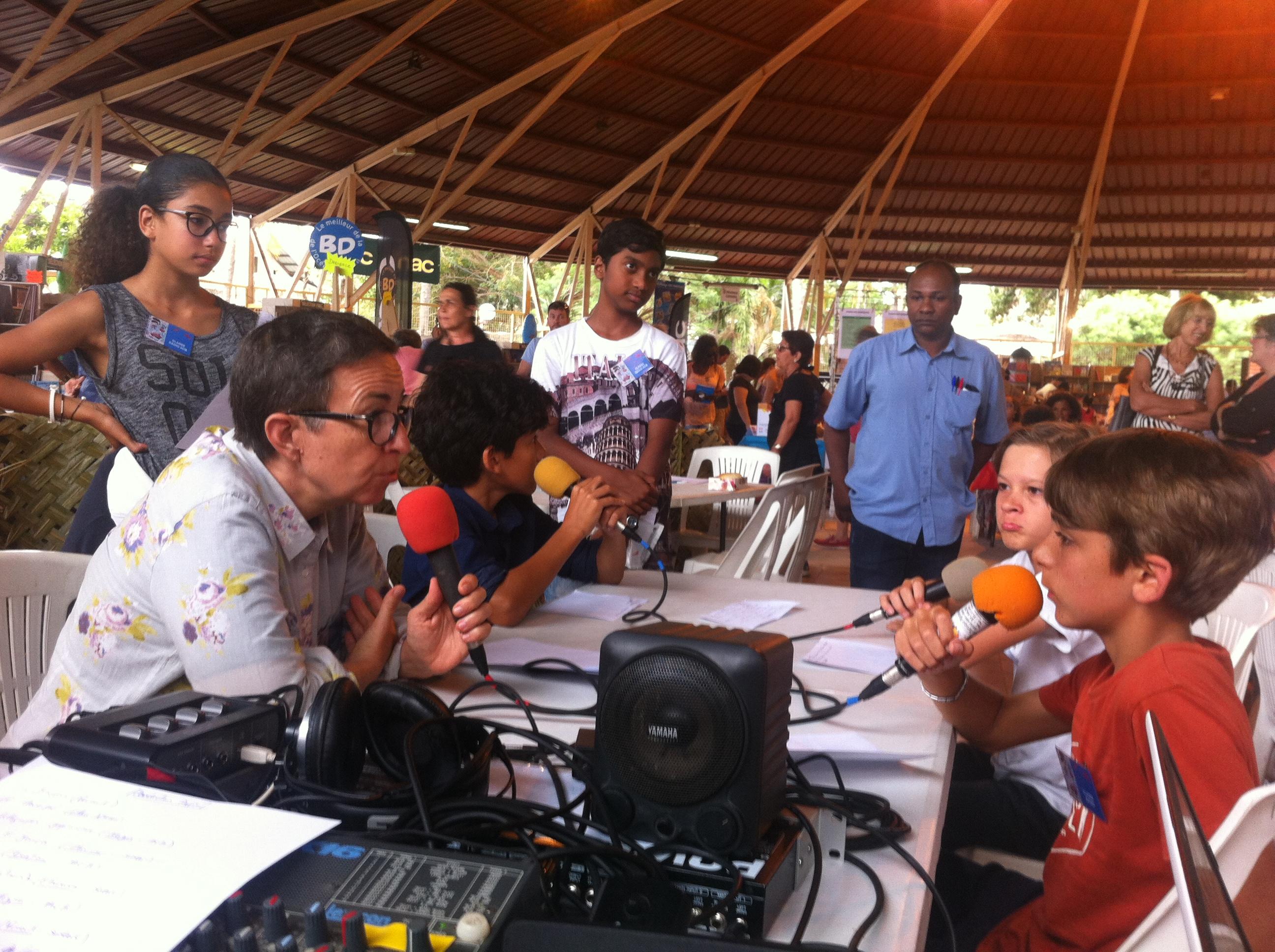 Fabienne Jonca dans le Journal du Salon du livre sur Radio Soleil et Radio ACB
